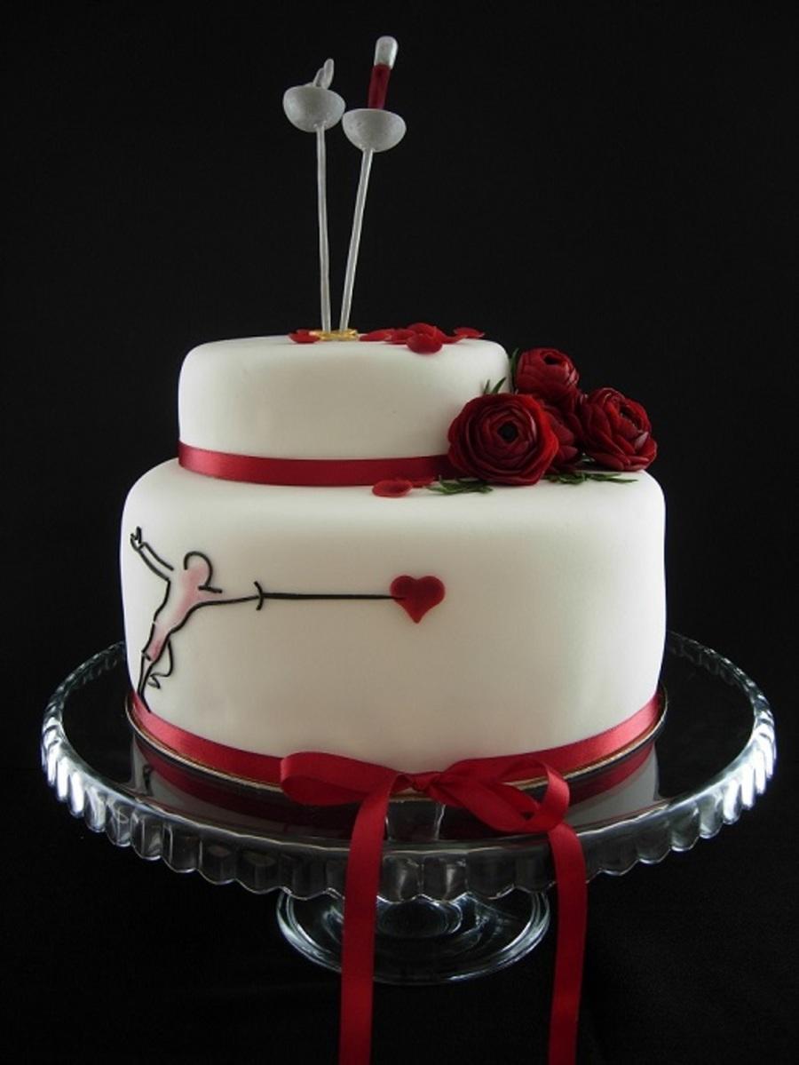 フェンシングテーマのウェディングケーキ