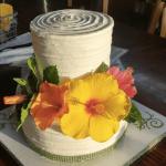夏のウェディングケーキ
