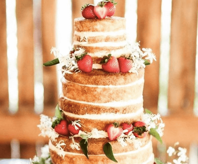 いちごのウェディングケーキ
