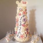 ミッキーとミニーのウェディングケーキ
