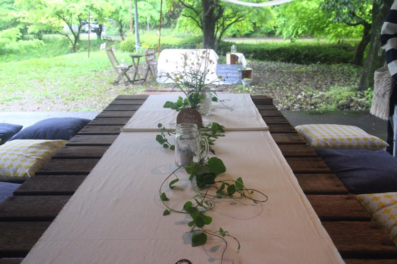 アウトドアウェディング-ゲストテーブル