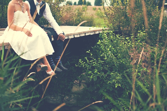 結婚式をするかどうか悩んでいます